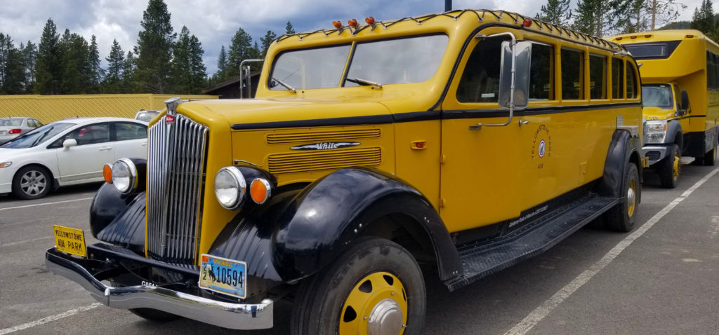 2019-07-03_Yellowstone_Bus-01-featured